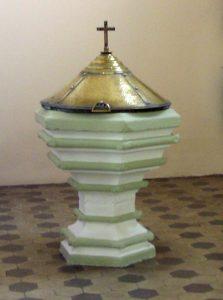 fonds baptismaux église de Waldwisse